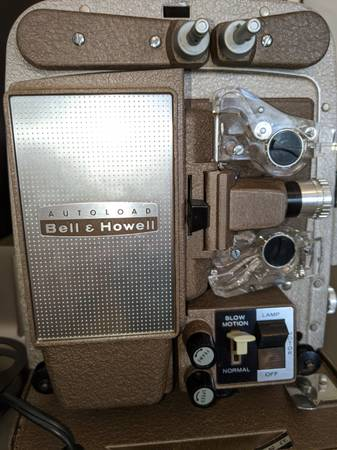 Photo Autoload Bell and Howell 8mm film projector - $200 (Bakersfield, CA)