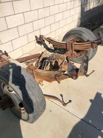 Photo GM DUALLY REAR AXLE  ENGINE - $1 (BAKERSFIELD)