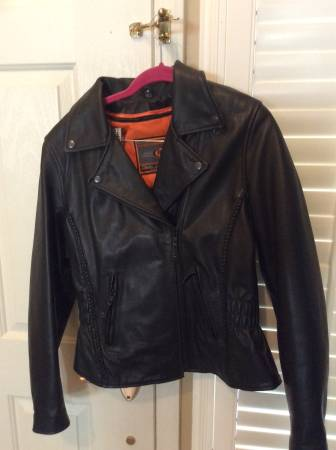 Photo Heavy leather Motor Cycle Womens Jacket - $100 (Bakersfield)