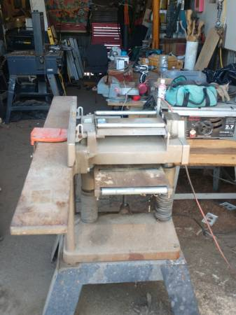 Photo Makita 2030 Planer  jointer - $300 (Earlimart)