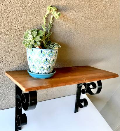 Photo Reclaimed Redwood and Wrought Iron Shelf Vintage Refinished 24quot Wall H - $65 (Bakersfield)