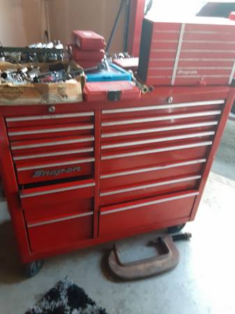 Photo Roll around snap on box of tools - $1 (Los osos)