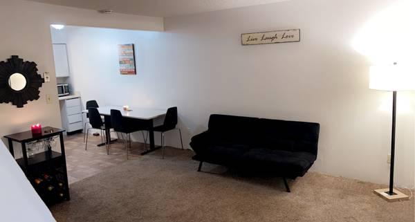 Photo Room for rent (Delano ca)