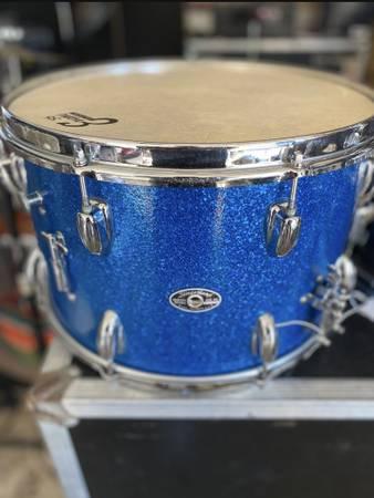 Photo Slingerland snare drum - $120 (Porterville)