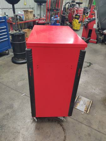 Photo Snap- on 32quot six drawer compact roll cart - $1,000 (Bakersfield)