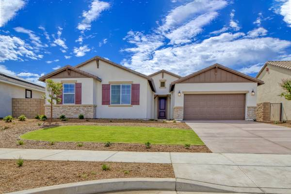Photo Spacious  Affordable Home Spread out and love the home you are in (Bakersfield)