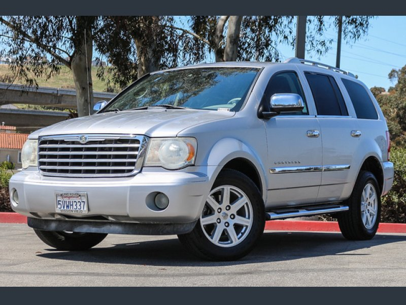 Photo Used 2007 Chrysler Aspen 2WD Limited for sale