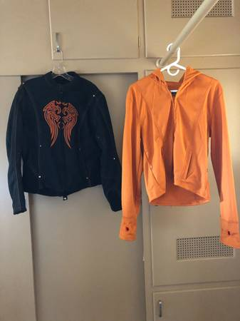 Photo Womens Motorcycle Jacket - $30 (Bakersfield)