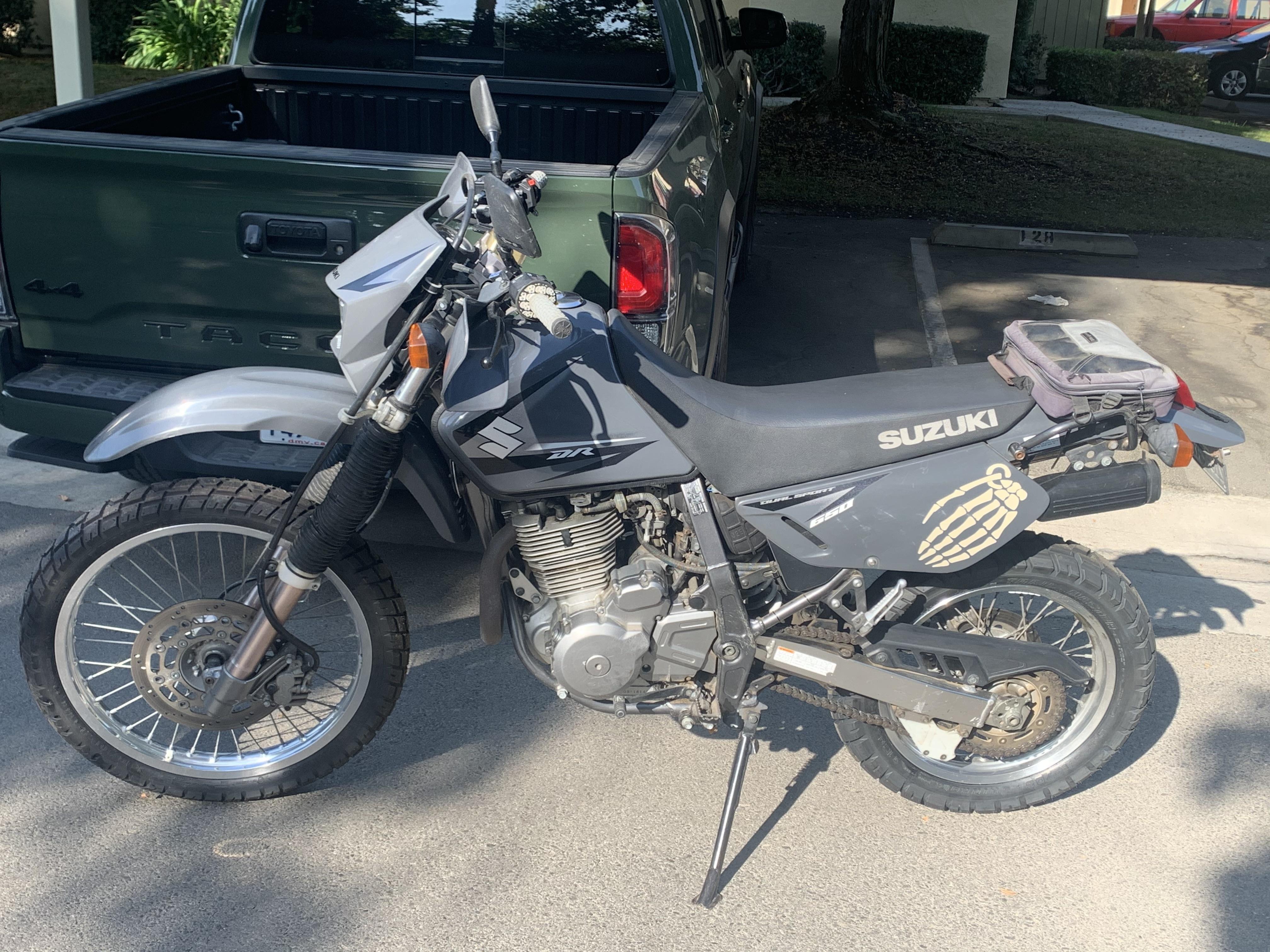Photo 2013 Suzuki DR 650SE $4900123.97123.97