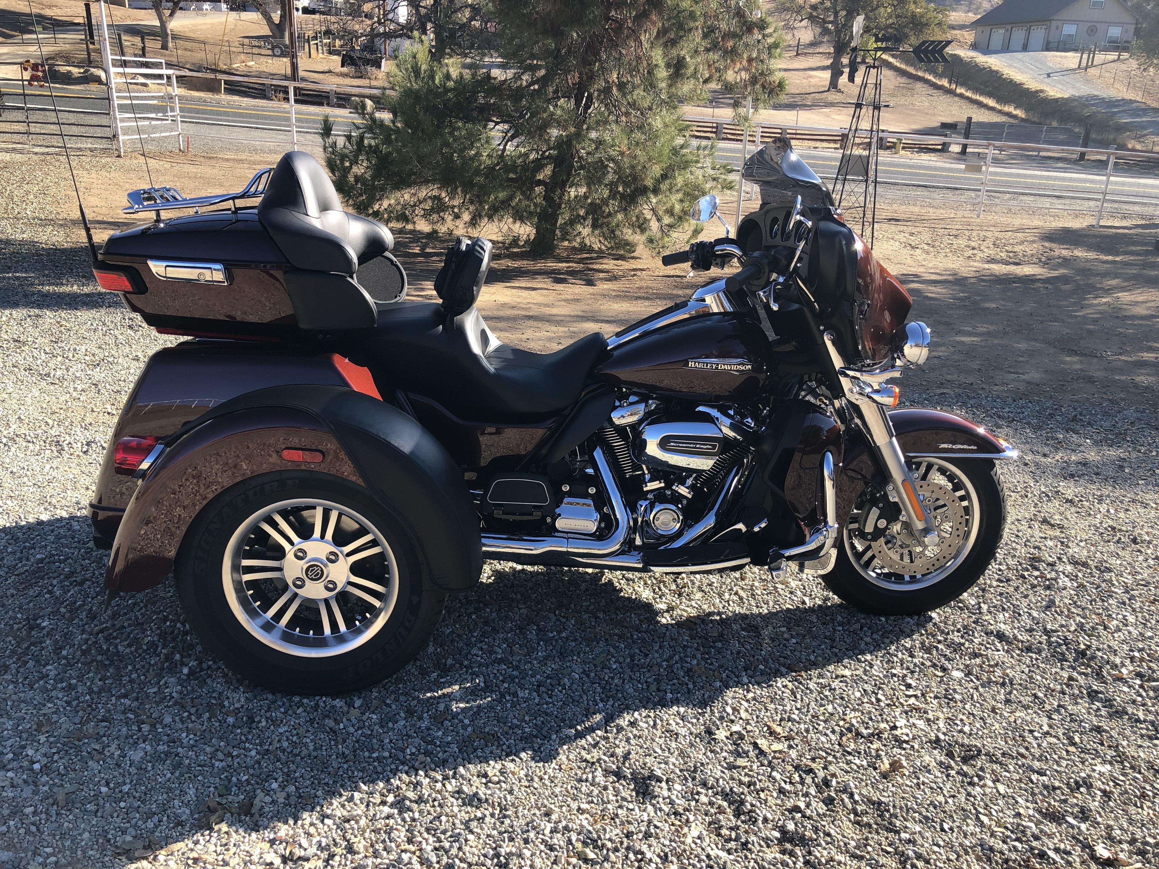 Photo 2019 Harley-Davidson TRI GLIDE ULTRA CLASSIC $31000514.60514.60