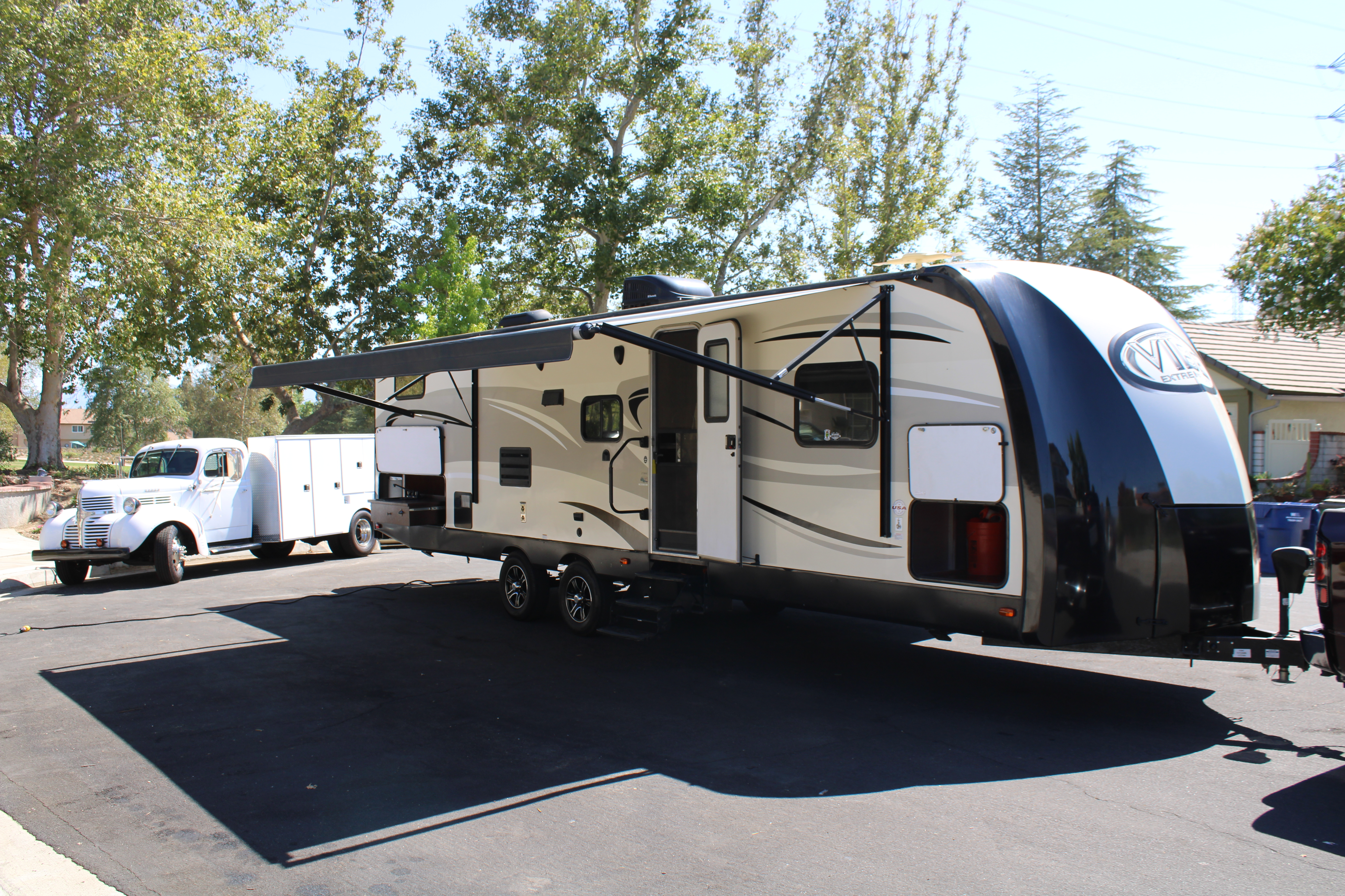 Photo Used 2016 Forest River Travel Trailer RV  $28000
