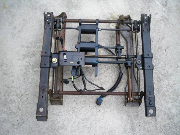 Photo 2004 SS Monte Carlo - Power Seat Track - $50 (Baltimore)