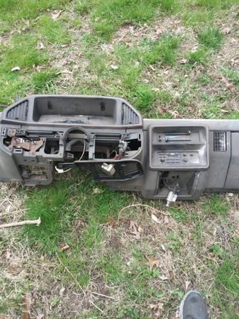 Photo 88-94 ford 7.3 diesel parts - $40 (Pasadena)
