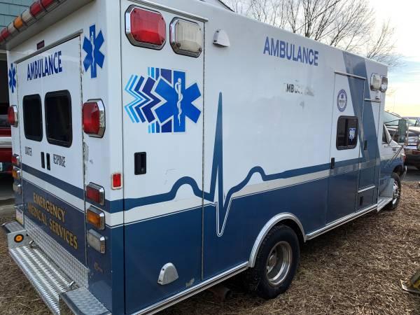 99 Braun 99 E450 Ambulance 7 3 Diesel