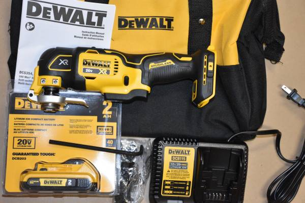 Photo A Brand New Dewalt 20 V, MAX, XR Brushless Oscillating Multi tool kit - $179 (Bel Air, MD)