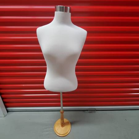 Photo Adjustable female mannequin bust form - $40 (Baltimore (Canton), MD)