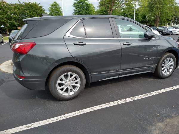 Photo CHEVY - EQUINOX  4DR SUV  2020 TO 2022  DOORS (300 East Belt Blvd Richmond  Va  23224)