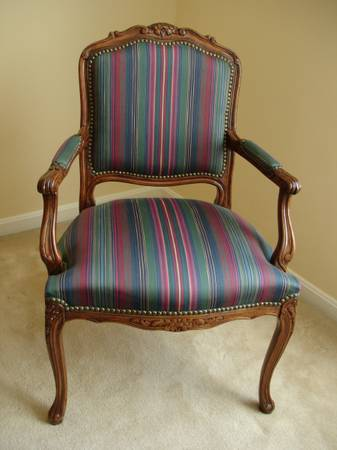 Photo CONTEMPORARY STYLED LOUIS XV CHAIR  CHAIRS (N. Bel Air  Forest Hill, MD)