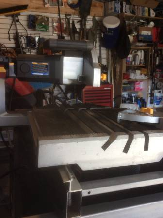 Photo Chicago electric 10 inch wet saw - $220 (Bel air)