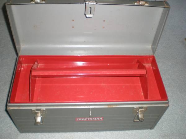 Photo Craftsman Tool Box 19x 9x8 - $25 (baltimore)