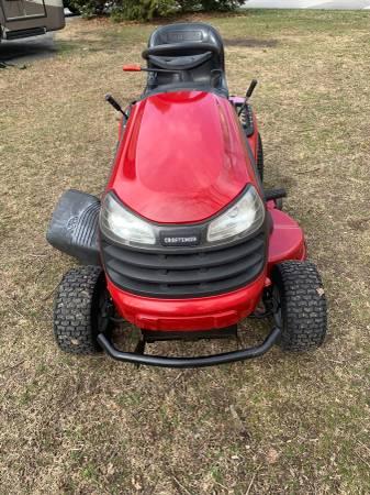 Photo Craftsman riding lawn mower - $800 (Pasadena)