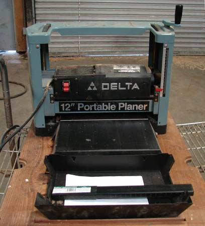 Photo DELTA 22-540 12-Inch Portable Planer, 120V,WExtra Knives - $300 (Westminster)