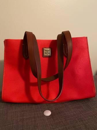 Photo Dooney and Bourke Bag - $50 (Bel Air)