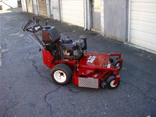 Photo Exmark Turf Tracer Hp 48quot Comm. 17 Hp Hydrostatic Drive Walk Behind - $4,000 (Baltimore Maryland)