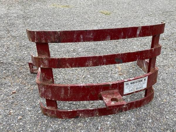 Photo FORD Tractor Grill Guard - $150 (Westminster)