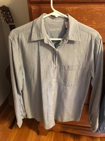 Photo G.H. Bass  Co Long Sleeve Denim Blouses, Size Small - $1 (Perryville)