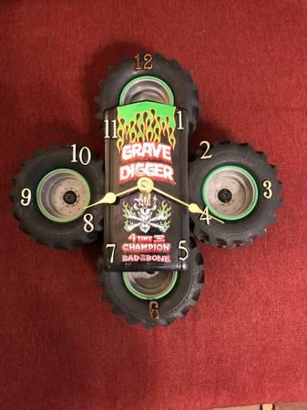 Photo Grave Digger Truck Monster Wheels Clock Custom Bad to the Bone - $15 (ELLICOTT CITY)
