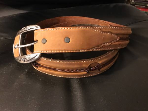 Photo High quality Texas-style leather belt - $30 (Baltimore)