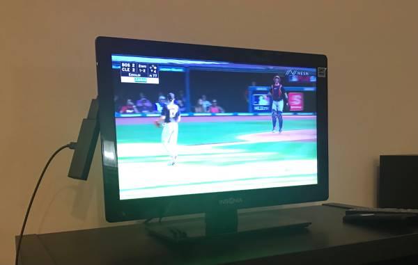 Photo INSIGNIA 19 inch TV Plus Amazon Fire Stick - $75 (Baltimore Riverside)