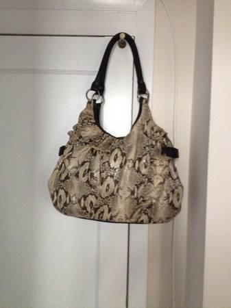 Photo Jessica Simpson Handbag or Pocketbook - $15 (Mt Vernon)