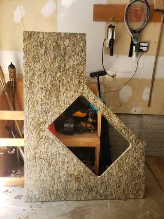Photo Kitchen Granite - $200 (Forest Hill)