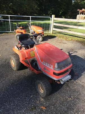 Photo Kubota T1600 diesel riding lawn mower, garden tractor - $600 (columbia MD)
