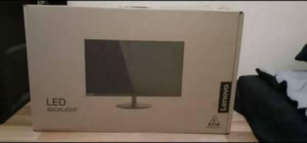 Photo Lenovo 28 inch 4K monitor L28u-30 - $230 (Baltimore)