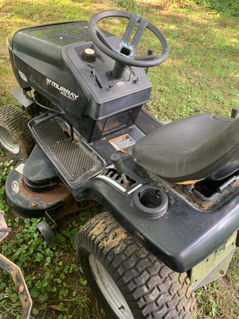 Photo Murray riding lawn mower - $120 (Baltimore county)