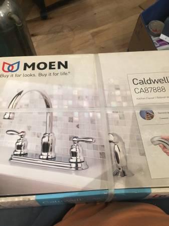 Photo New Moen kitchen faucet Caldwell ca87888 - $50 (Fellspoint)