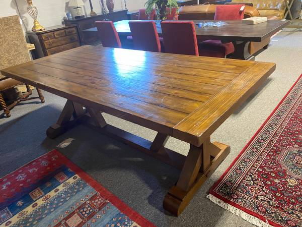 Photo Pottery Barn Wells Rectangular Dining Table - $1,250 (Cockeysville)