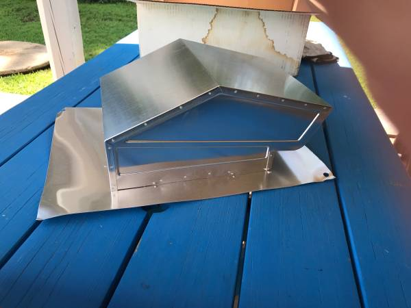 Photo Roof Cap for 6 inch to 8 inch Round or 3-14 inch x 10 inch Duct - $10 (Perryville)
