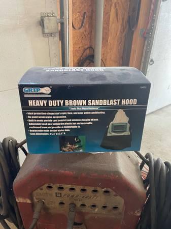 Photo Sandblaster hood along with old school welder - $200 (Elkridge)