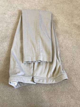 Photo St. Johns Bay Khakis (Stretch), Size 4P - $3 (Perryville)