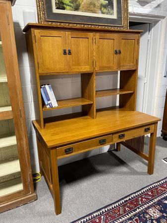 Photo Stickley Oak Mission Style Desk - $1,450 (Cockeysville)