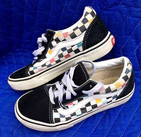Photo Vans Old Skool Checker Sneakers - Size 3 - $15 (Rosedale, MD)