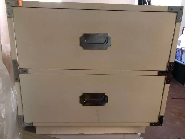Photo Vintage Dixie Caign Nightstands PAIR - $195 (Lutherville)