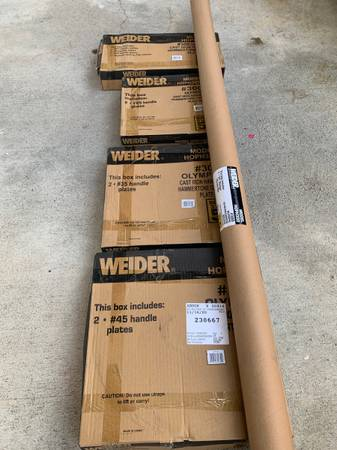 Photo Weider Olympic Hammertone Weight Set 300-LBNEW IN BOX - $450 (Baltimore)
