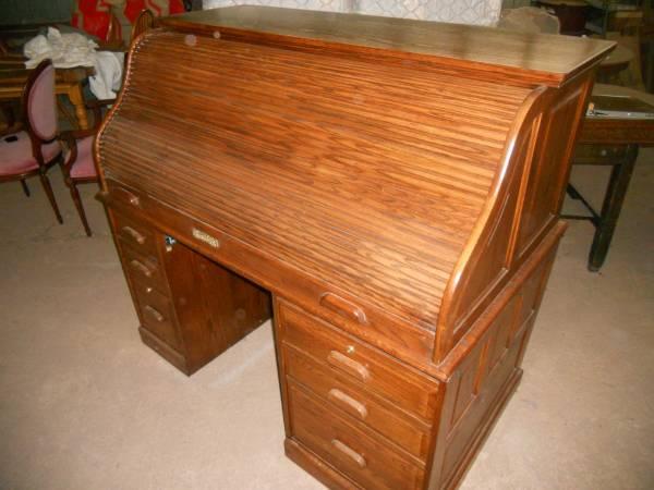 Photo Winners Only Solid Oak Rolltop Desk - $475 (Harrisburg PA)