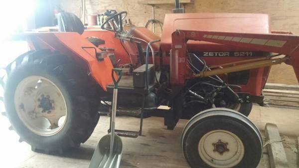 Photo Zetor 5211 48 hp tractor - $6500