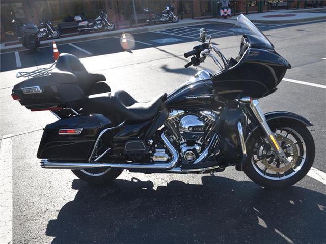 Photo 2016 Harley-Davidson FLTRU ROAD GLIDE ULTRA $18800